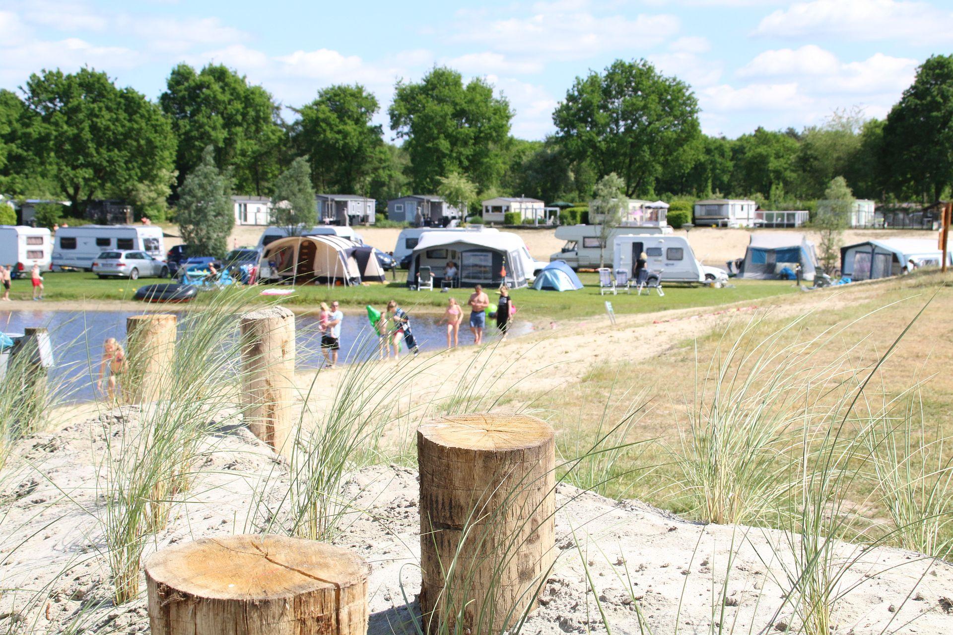 Camping vakantie in Overijssel op Vakantiepark het Stoetenslagh - kampeer arrangementen Overijssel