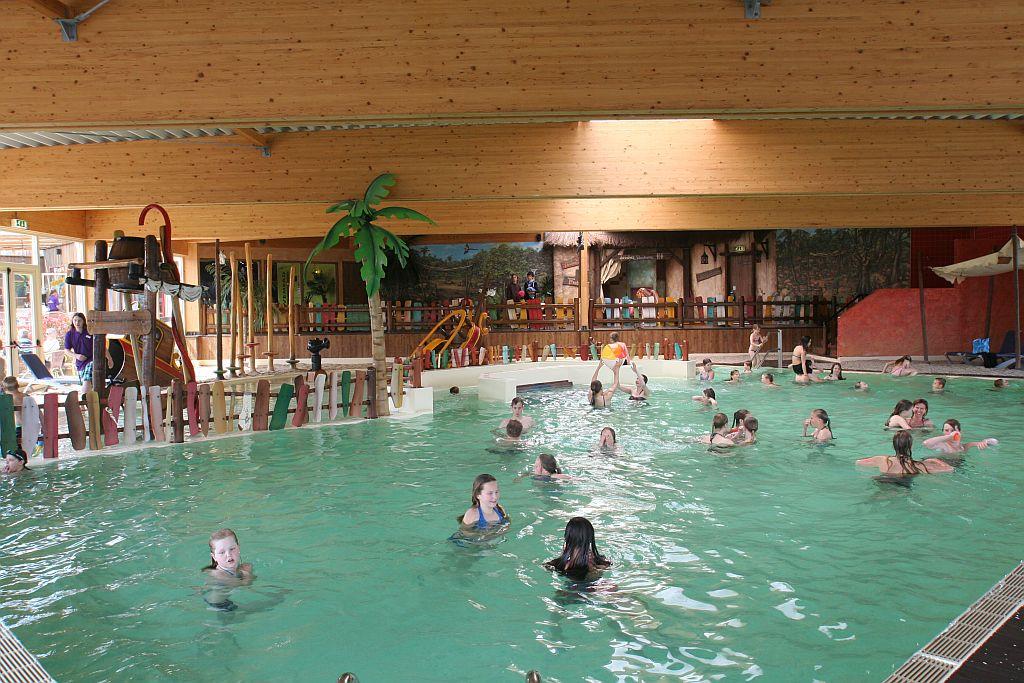 Zwembad Hardenberg op vakantiepark het Stoetenslagh