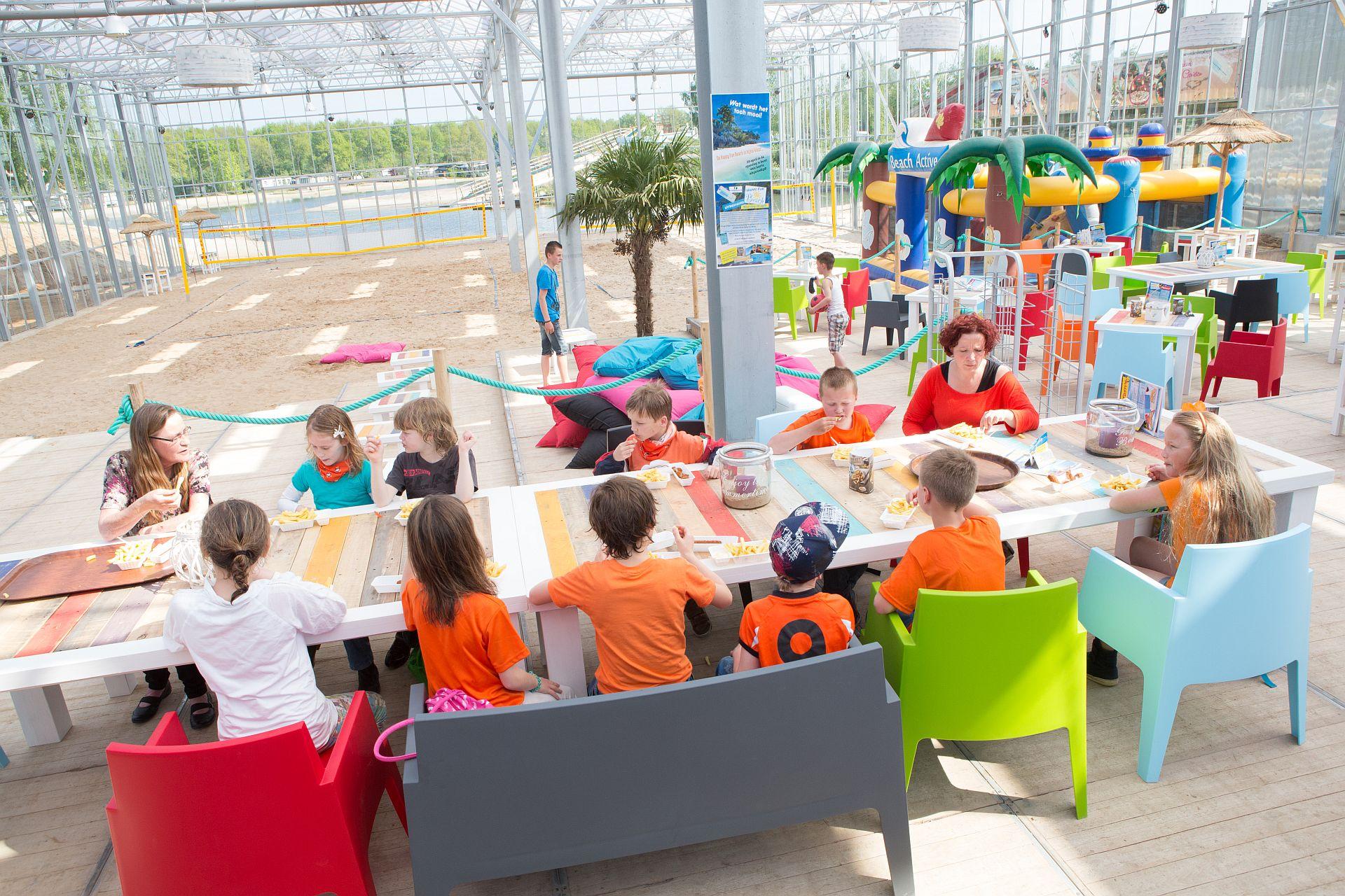 Feesten en partijen in Overijssel met een strandbelevenis