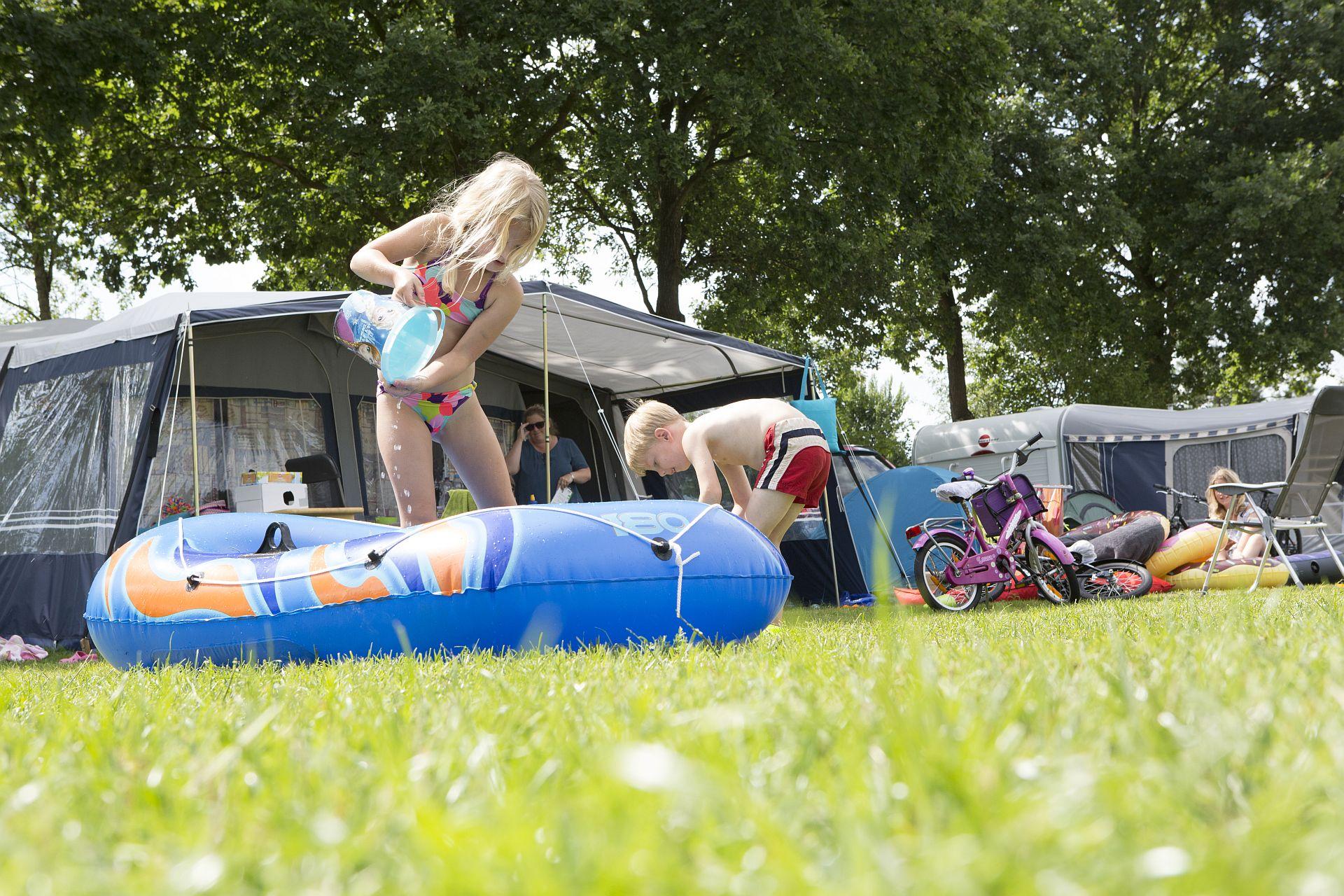 Vakantie met kleintjes op de camping aan het strand - vakantie met kleintjes op de camping